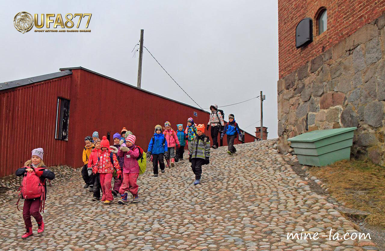 เหตุผลอะไรบ้างที่ฟินแลนด์ได้ถูกยกย่องให้เป็นระบบการศึกษาที่ดี